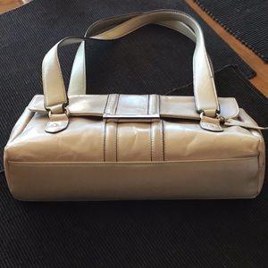 Apt 9/Beautiful Pewter/ Silver 👜 handbag!,